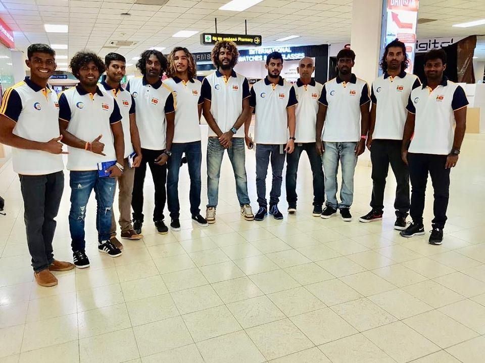 La première équipe nationale du Sri Lanka se prépare à partir pour l'Inde.