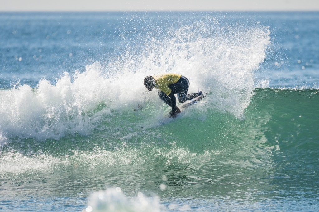 Jhonny Guerrero s'efforce de remporter l'or et de donner l'exemple aux autres jeunes surfeurs du Pérou. Photo: ISA / Ben Reed