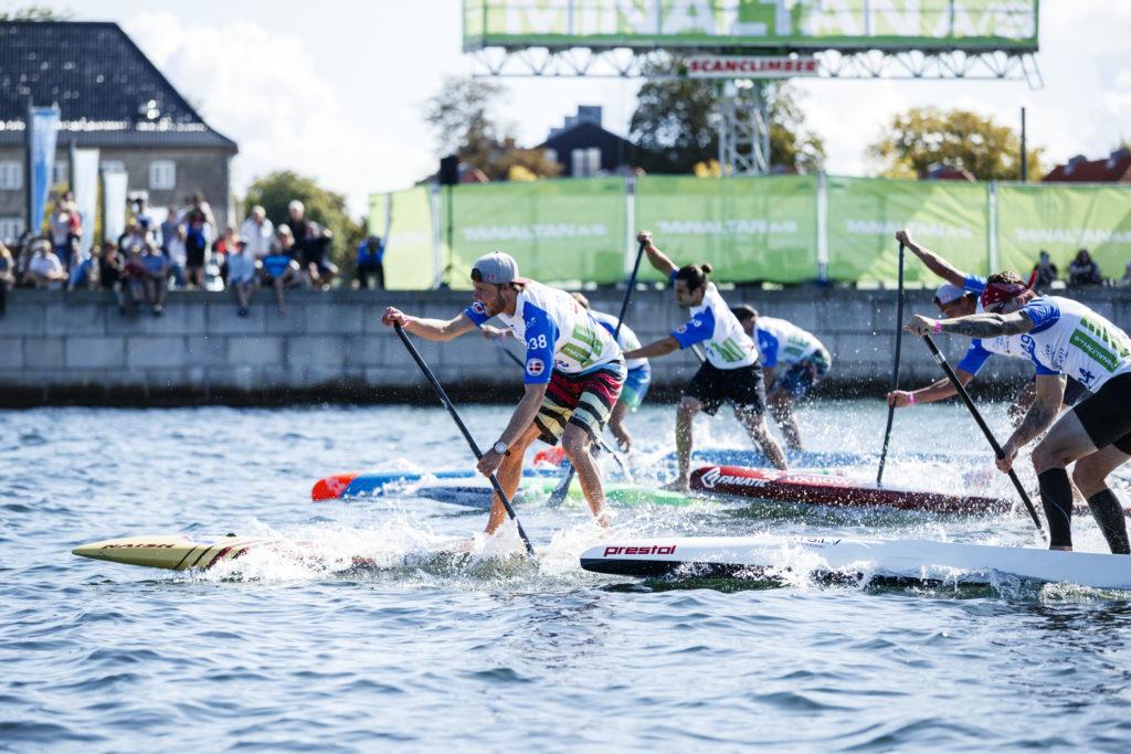 Les sprints des hommes sont à l'eau au WSUPPC 2017 à Copenhague, au Danemark. Photo: ISA / Ben Reed