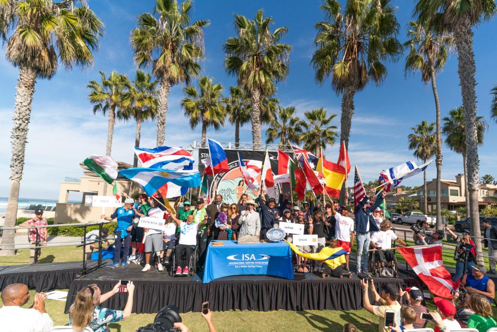 24 nations unies en paix grâce au surf adaptatif. Photo: ISA / Sean Evans